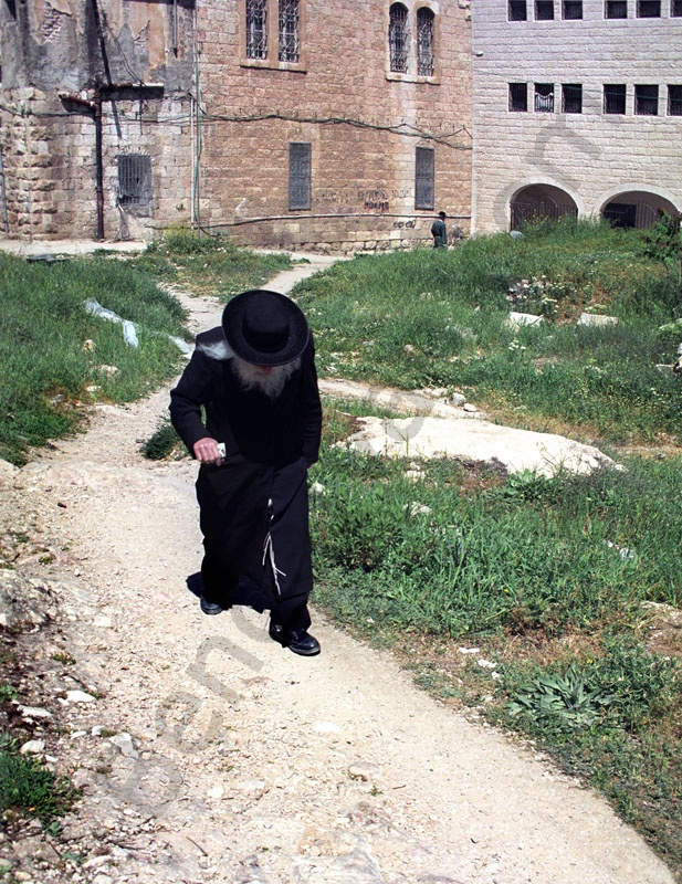 Jews quarter Israel, Jerusalem, Mea Shearim Qarter. Old Jews. Jes dis is the Holy Land.